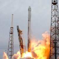 141-spacex_falcon_9_crs3-michael_howard