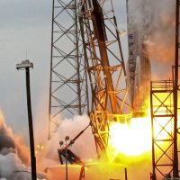 143-spacex_falcon_9_crs3-michael_howard