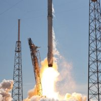 1138-spacex_falcon_9_crs6-michael_deep