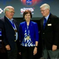 10935-nasa_2017_hall_of_fame_induction-mark_usciak