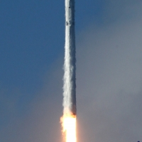6573-spacex_falcon_9_thaicom8-michael_howard