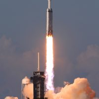 falcon-heavy-arabsat--michael-howard-19378