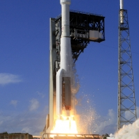 9324-ula_atlas_v_echostar-michael_howard