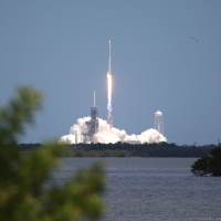 12120-spacex_falcon_9_crs12-michael_howard