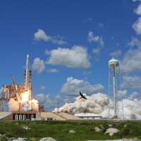 12131-spacex_falcon_9_crs12-michael_deep