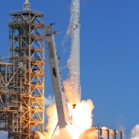 12133-spacex_falcon_9_crs12-michael_deep