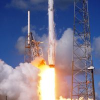 2388-spacex_falcon_9_crs7-michael_deep