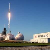 11689-spacex_falcon_9_intelsat_35e-michael_howard