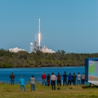 13091-spacex_falcon_9_koreasat_5a-vikash_mahadeo