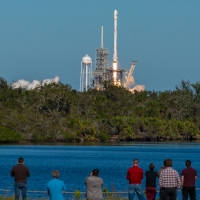 13097-spacex_falcon_9_koreasat_5a-vikash_mahadeo