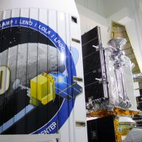 11042-ula_atlas_v_lunar_reconnaissance_orbiter-carleton_bailie