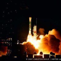 6070-nasa_delta_ii_mars_phoenix_lander-carleton_bailie