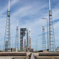 OA-4 Cygnus AtlasV roll-out