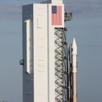10517-orbital_atk_atlas_v_oa7-michael_howard