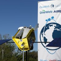 10210-oneweb_satellites_ground_breaking-michael_howard