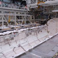 3899-nasa_inside_space_shuttle_endeavour-jason_rhian