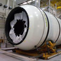 13015-orbital_atk_sls_booster_tour-jason_rhian
