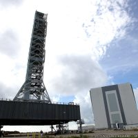 2903-nasa_mobile_launcher_photo__interview-michael_howard