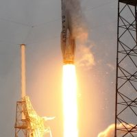 3169-spacex_falcon_9_crs3-michael_howard