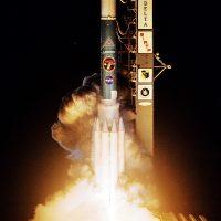 2721-nasa_delta_ii_spitzer_space_telescope-carleton_bailie.jpg