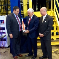 VP Pence visits Marshall Space Flight Center
