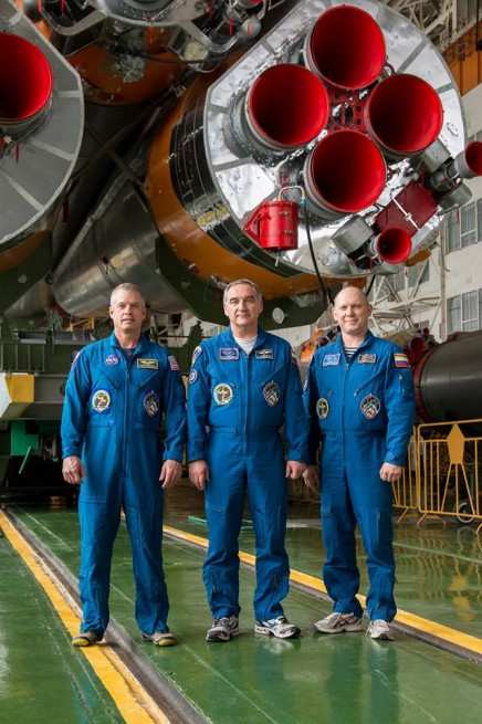 From left-to-right: NASA astronaut Steve Swanson, Russian cosmonauts Alexander Skvortsov and Oleg Artemyev. Photo Credit: NASA