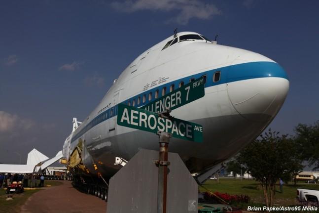 space shuttle landing in houston - photo #13
