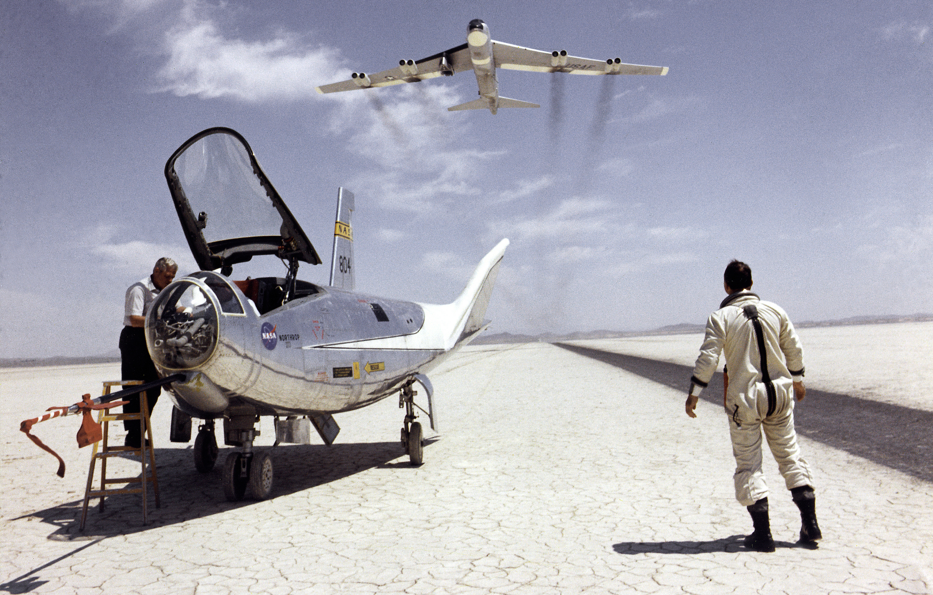 NASA Dryden Flight Research Pilots Photo Collection