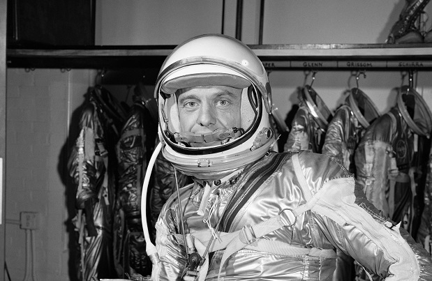 first man in space nasa - photo #11