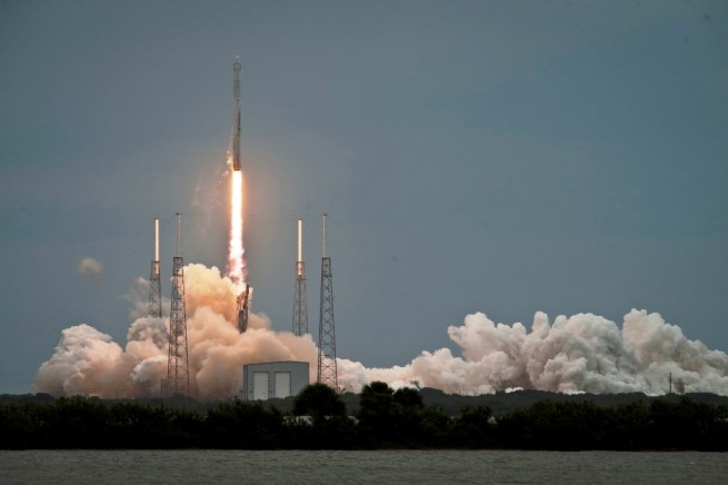 SpaceX has approximately 58 minutes in which to get the Falcon 9 v1.1 and its payload of six Orbcomm OG2 satellites off the ground. Photo Credit: SpaceX