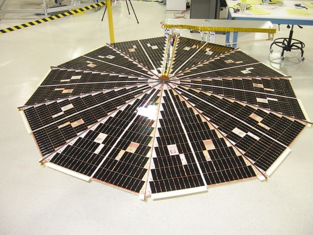 UltraFlex_solar_array-Photo-Credit-NASA-647x485.jpg