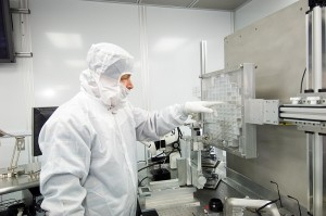 Scientist at JSC's Stardust curating facility. Image Credit:  Andrew Westphal, UC Berkeley posted on SpaceFlight Insider