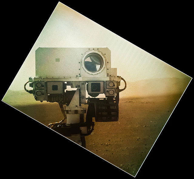 "Curiosity poses it for a ""selfie"" in this September, 2012 image. Photo Credit: NASA / JPL / MSSS"