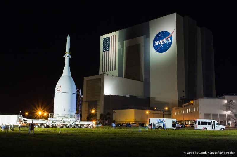 Exploration Flight Test 1 Orion moved to SLC-37 in ...