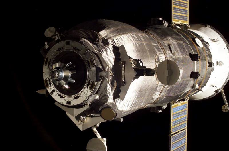 Russian Federal Space Agency Roscosmos Soyuz Progress NASA photo posted on SpaceFlight Insider
