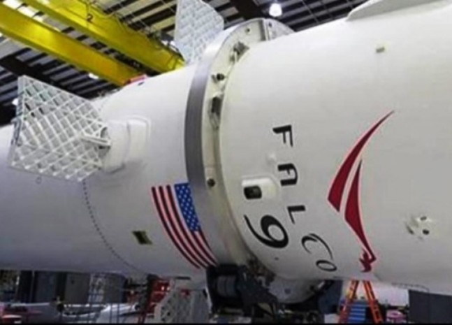 New Grid-Fins on SpaceX CRS-5 Falcon 9 booster. Photo Credit: SpaceX