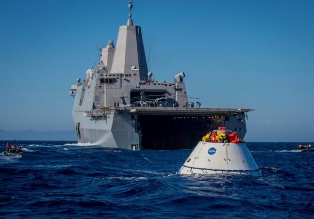 US-Navy-Orion-NASA-USS-Anchorage-spacecraft-NASA-photo-posted-on-SpaceFlight-Insider-Copy.jpg