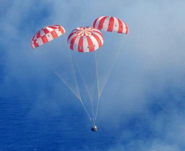 NASA Orion Exploration Flight Test 1 EFT-1 Pacific Ocean parachute parachutes US Navy USS Anchorage NASA image posted on SpaceFlight Insider
