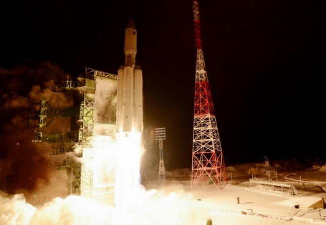 Roscosmos Russian Angara Heavy rocket launch from Baikonur Cosmodrone Ria Novosti photo posted on SpaceFlight Insider