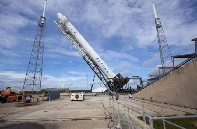 Launch of SpaceX's CRS-5 mission to ISS slips to no ...