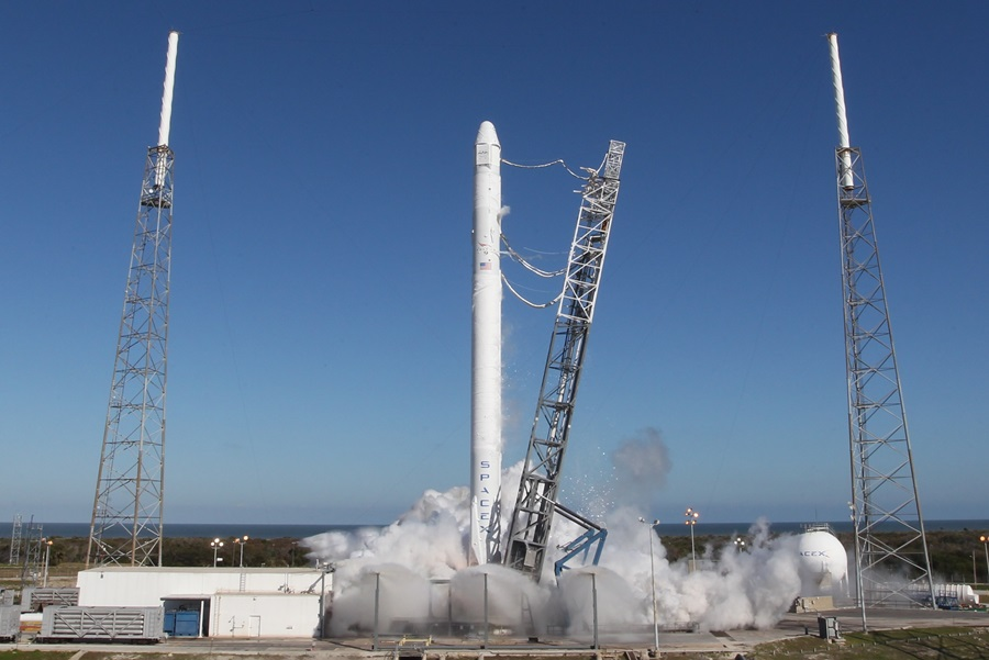 SpaceX CRS-3 Space Exploration Technologies Falcon 9 static test fire SpaceX photo posted on SpaceFlight Insider