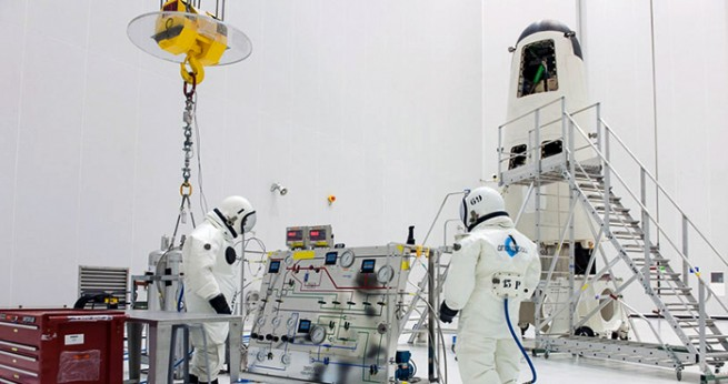 Fueling of IXV as seen on Spaceflight Insider