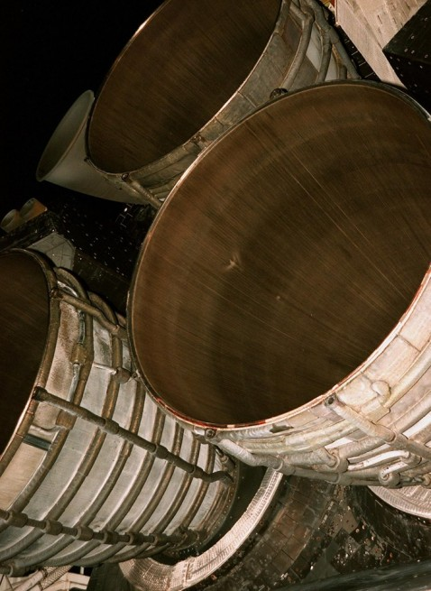 Space Shuttle Main Engines orbiter STS RS-25 NASA image posted on SpaceFlight Insider
