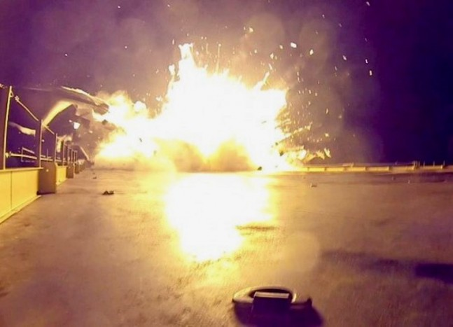 Full rapid unscheduled disassembly (RUD) event. Ship is fine, only needs minor repairs. Photo Credit: Elon Musk (Twitter) / SpaceX posted on SpaceFlight Insider