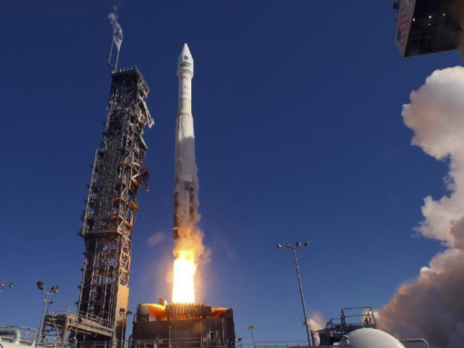 United Launch Alliance Atlas V 401 Vandenberg Air Force Base ULA photo posted on SpaceFlight Insider