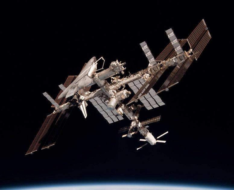 ISS International Space Station shuttle Endeavour STS-134 NASA image posted on SpaceFlight Insider