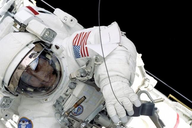 International Space Station Spacewalk EVA extra-vehicular activity NASA photo posted on SpaceFlight Insider