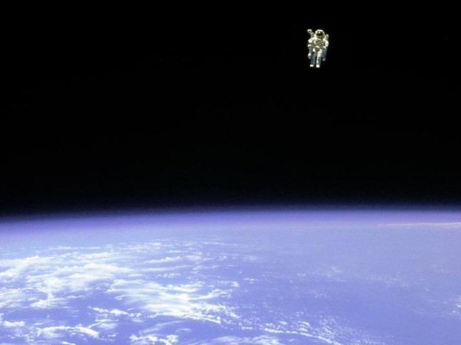 First untethered spacewalk as seen on Spaceflight Insider