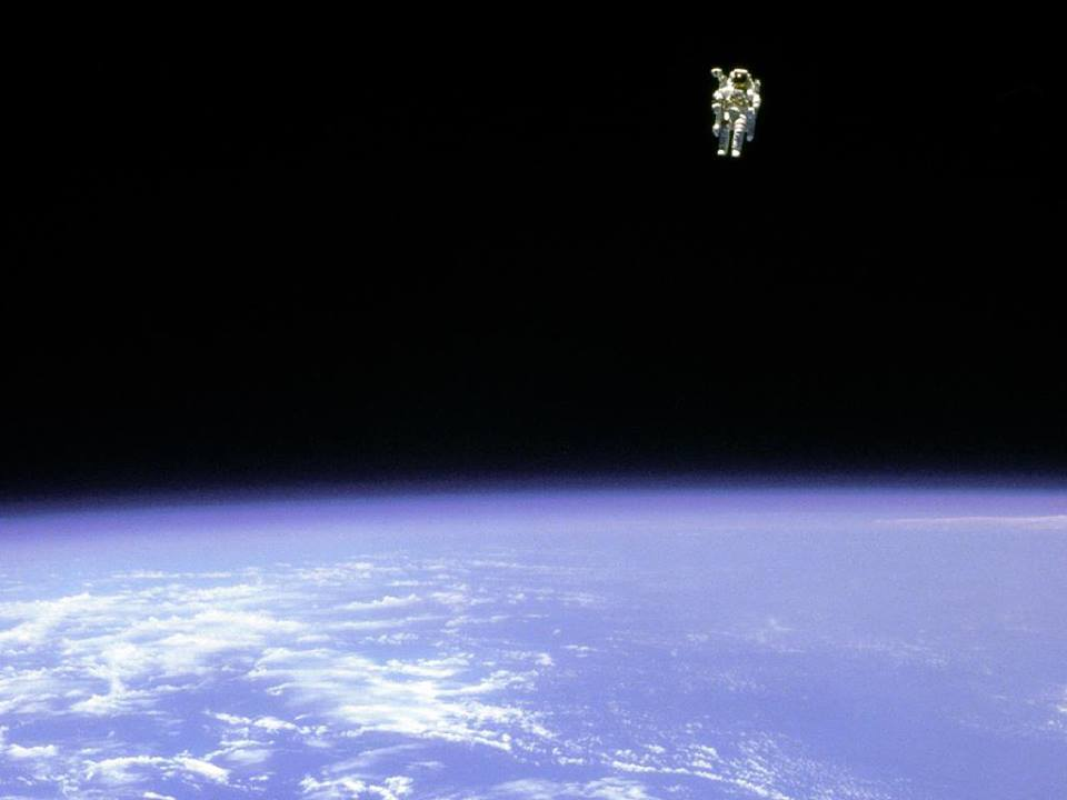 astronaut untethered space walk - photo #7