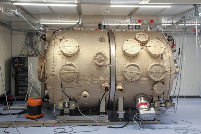 cheops vacuum chamber as seen on Spaceflight Insider